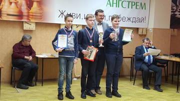 http://s7.uploads.ru/t/8KJmf.jpg