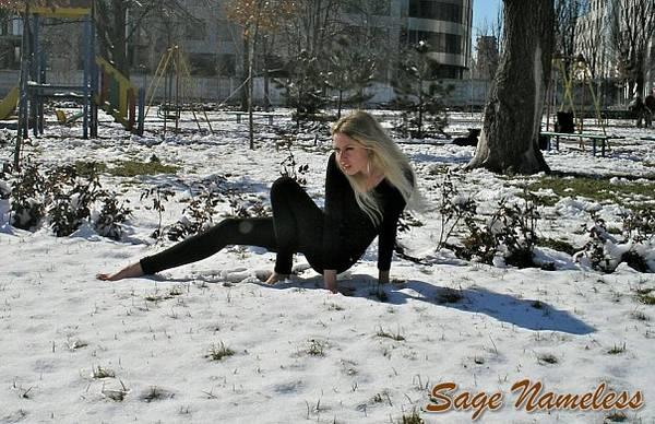 http://s7.uploads.ru/t/8aYVB.jpg