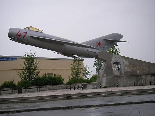 http://s7.uploads.ru/t/EQF5l.jpg