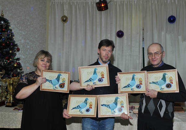 http://s7.uploads.ru/t/EvkR3.jpg