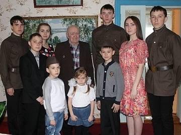 http://s7.uploads.ru/t/G24Mc.jpg