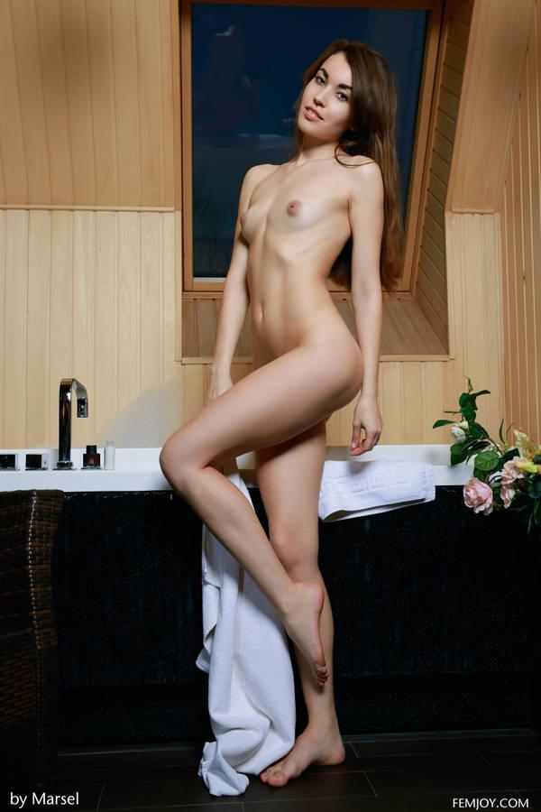 http://s7.uploads.ru/t/JBmqE.jpg