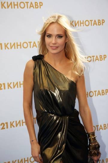 http://s7.uploads.ru/t/hBPmQ.jpg