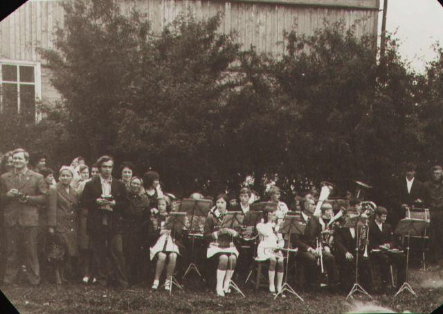 Школьный духовой оркестр XgFhc