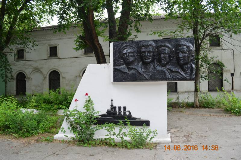 http://s7.uploads.ru/z3nu0.jpg