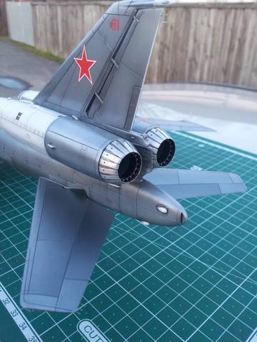 http://s7.uploads.ru/t/aFEq0.jpg